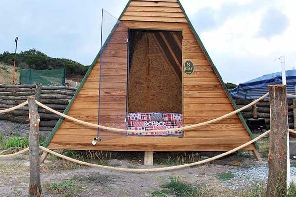 الكوخ الخشبي